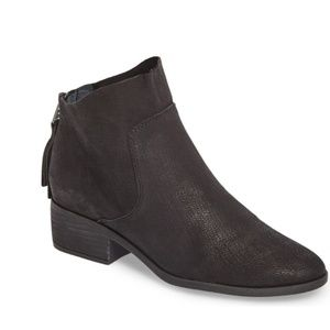 Lucky brand lahela boots 6